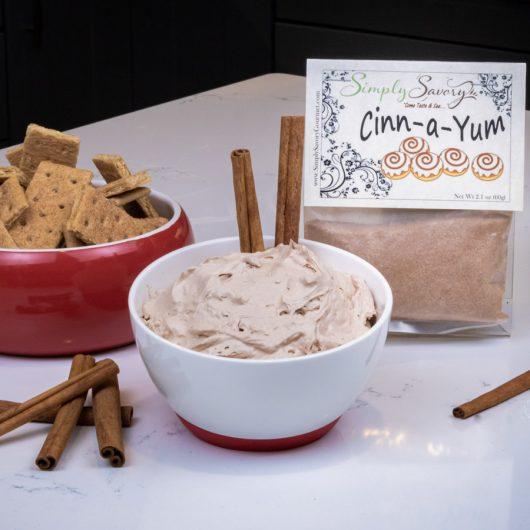 Cinn-a-Yum Dessert Dip with Graham Crackers