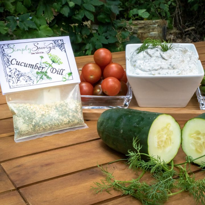 Cucumber Dill Dip with vegetables